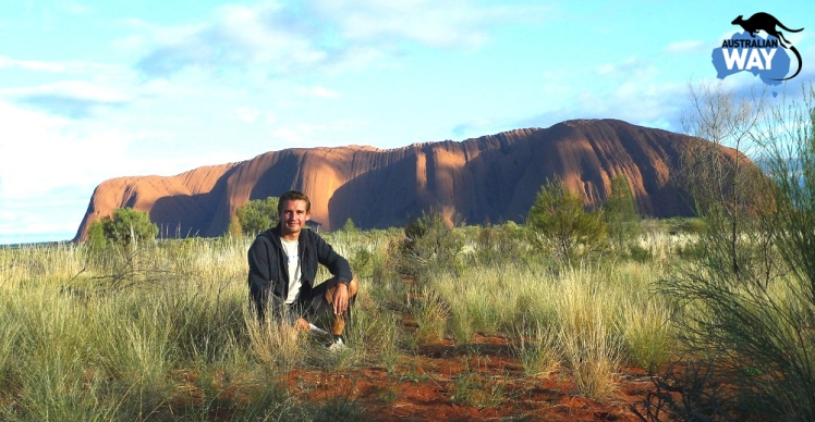 Estudia en Australia. estudiar y trabajar en australia. Australian Way. estudiaenaustralia.es. Españoles por el mundo. Uluru2